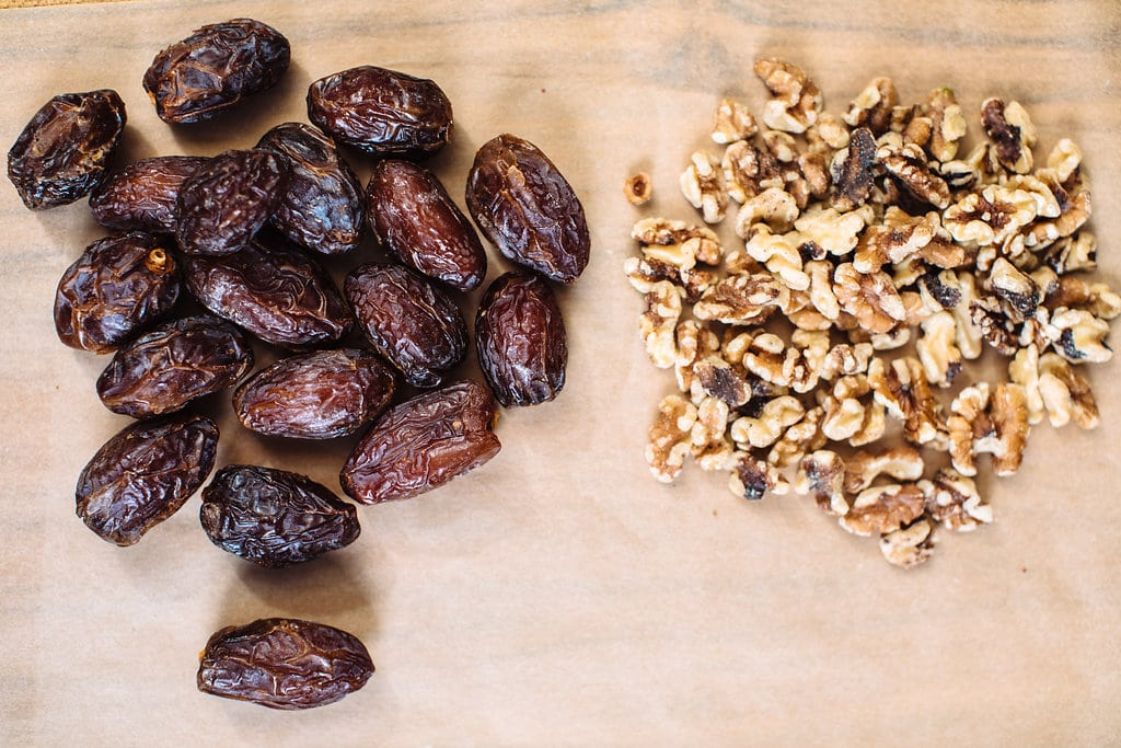 walnut and date snack