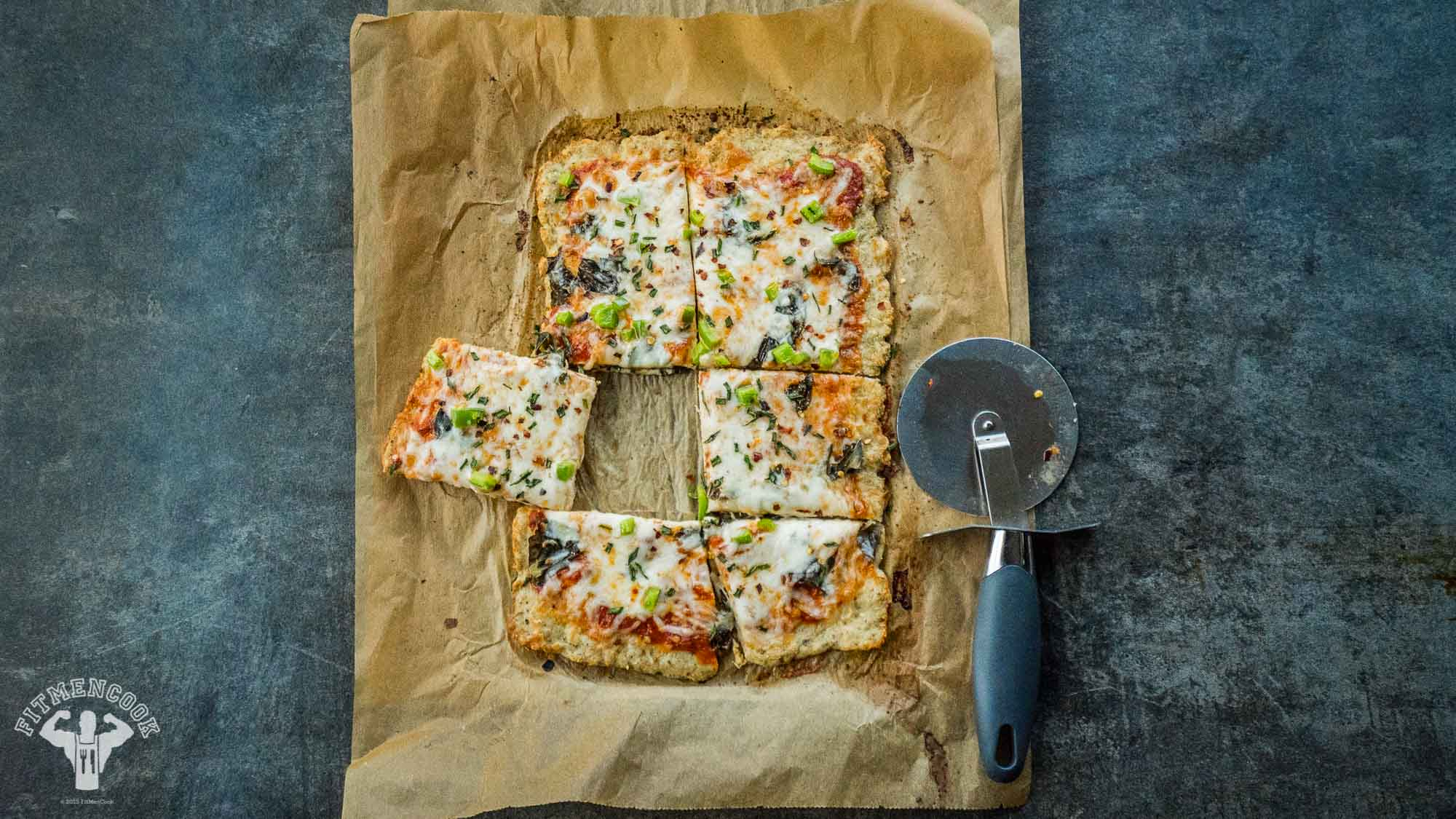 low-carb chicken crust pizza