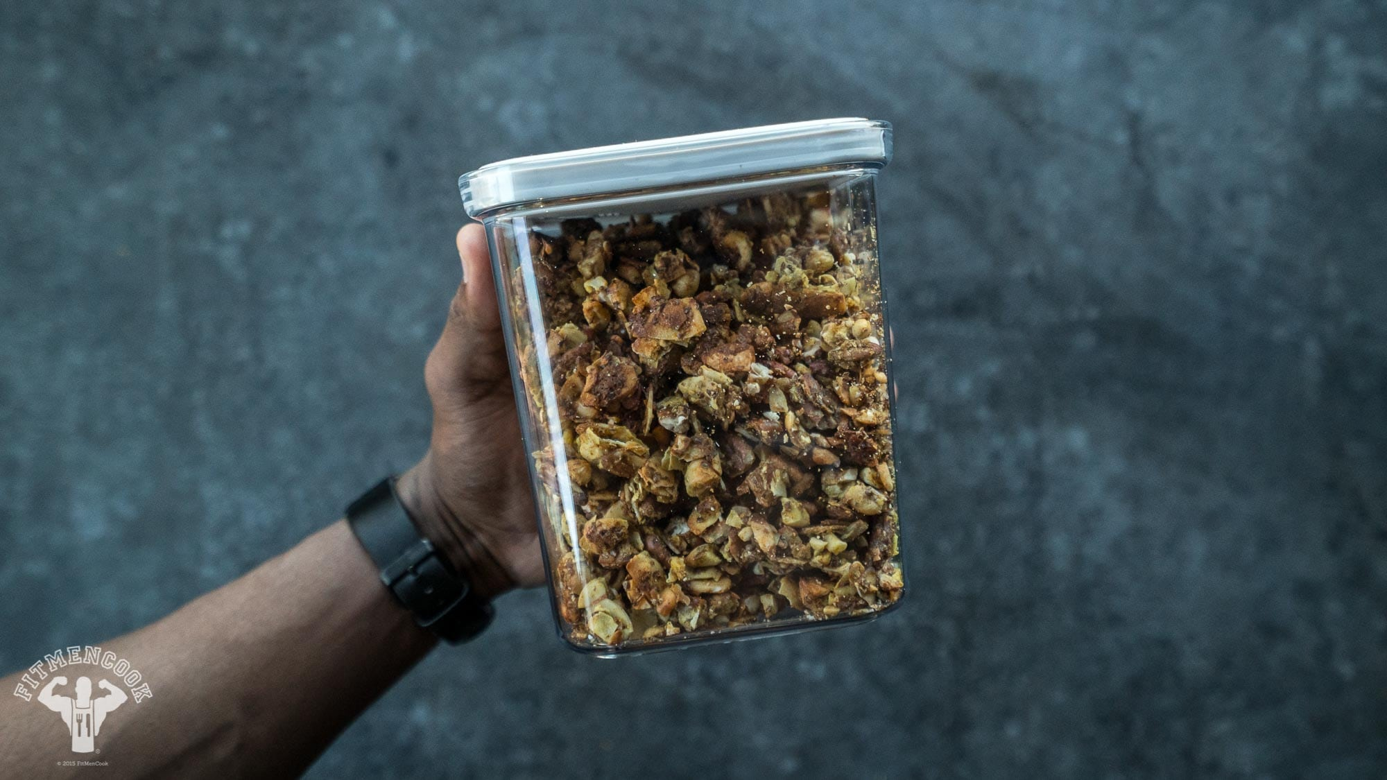 low-carb granola greek yogurt
