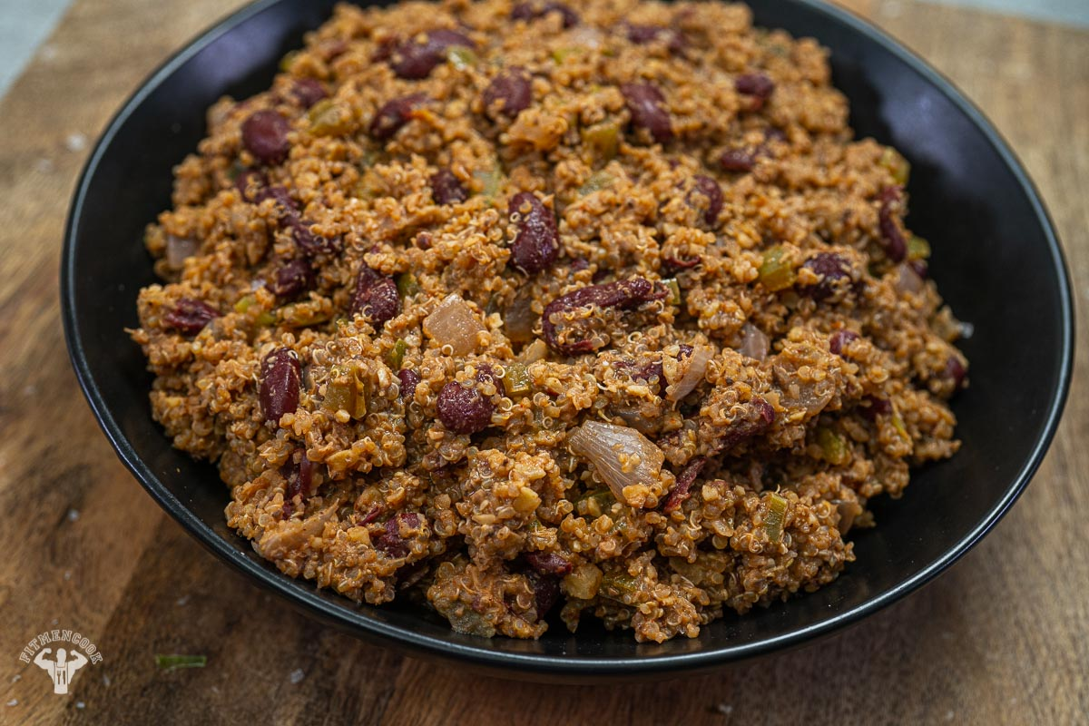Quick Cajun Style Red Beans & Quinoa with Walnut Meat